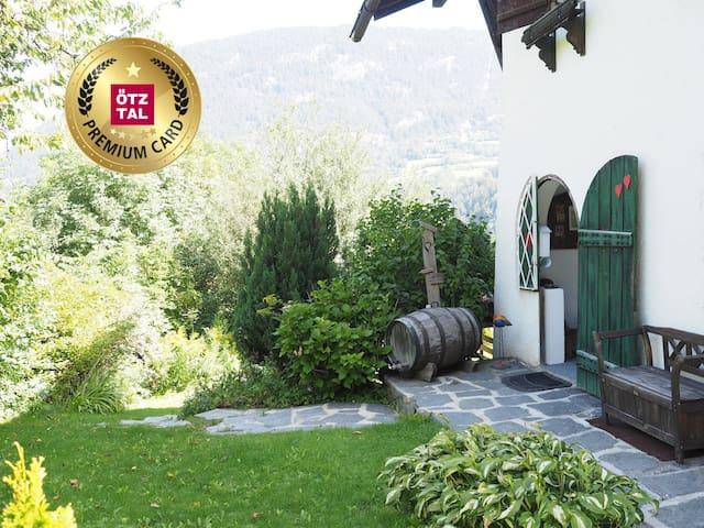 Haus Eingang - Wir sind Ötztal Premium Partner