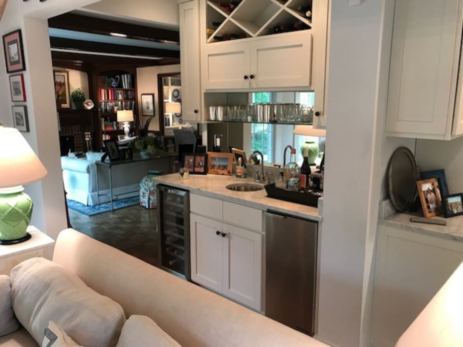 Bar in between Family Room and Den