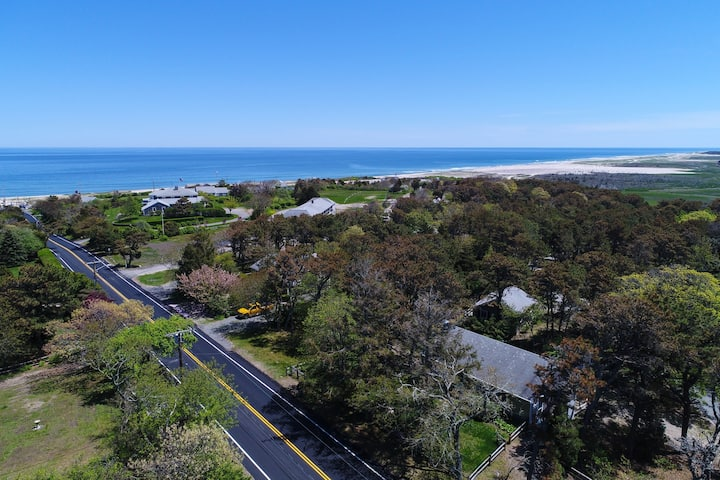 Charming home within walking distance to Nauset Beach and National Seashore!