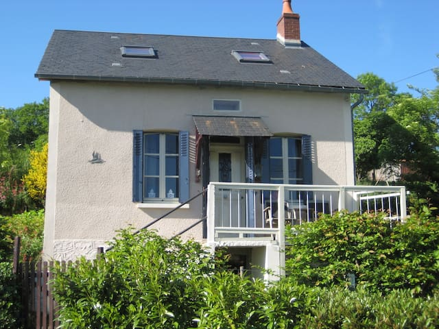 L'Oiseau-huis in de Morvan - Ouroux-en-Morvan - House