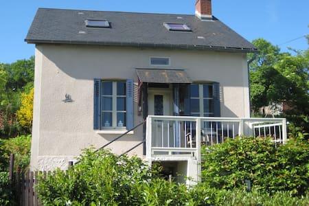 L'Oiseau-huis in de Morvan - Ouroux-en-Morvan - Rumah