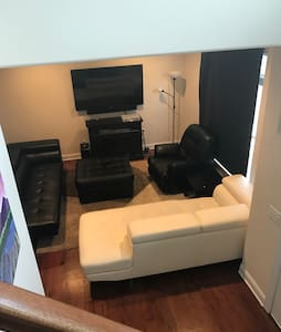 Classy Modern Townhouse Style Condo - Rahway - Wohnung