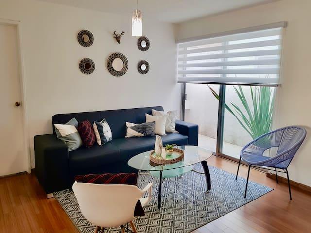 Cozy Apartment close to Expo