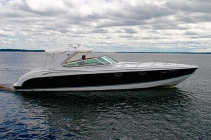 Yacht Party Rental - 40' Formula - Miami - Boat