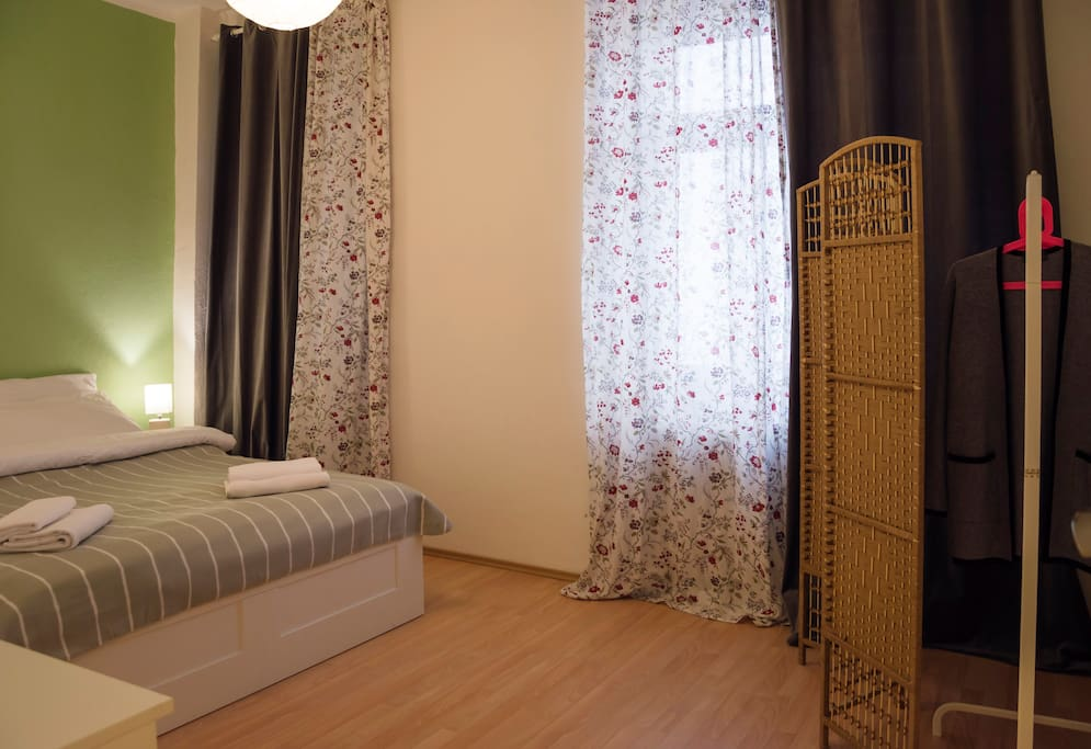 Bedroom №1: with king-size bed for two person.
