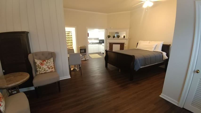 Remodeled studio near UK/Downtown/Hospitals/Rupp