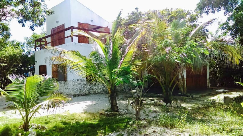 La Caracola Beach House - Tierra Bomba