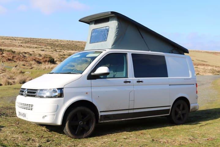 Bertha - VW Campervan for Hire Based in Devon