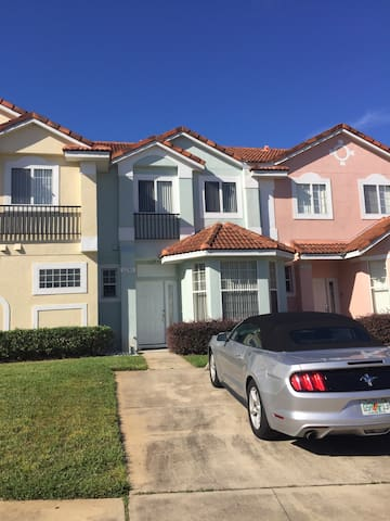 Flott bolig nær Disney World til rimlig utleie