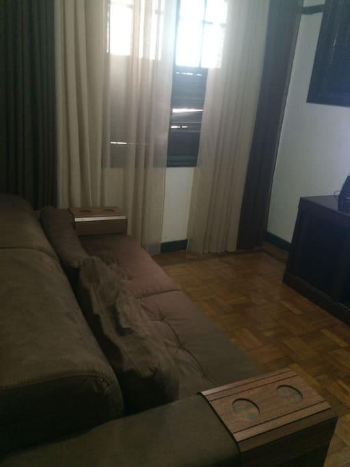 Sofa-cama (vira cama de casal)