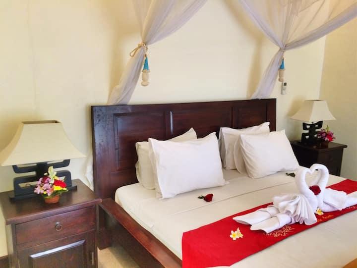 Double Bedroom near Yogabarn with Swimming pool