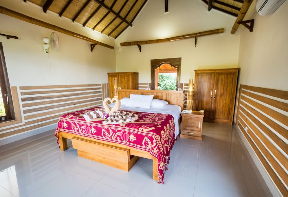 Rinjani Lodge room interior