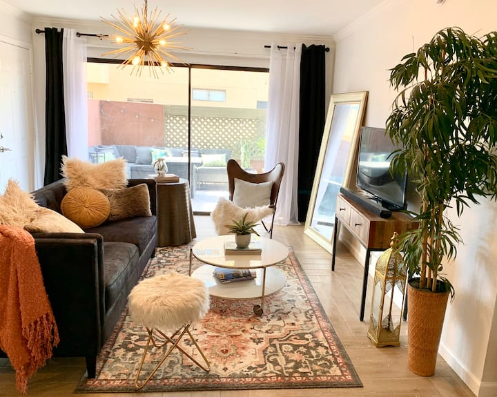 *Old town Scottsdale* Newly Renovated 1BR Beauty