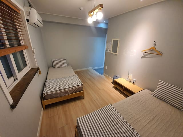Dormitory for 2 persons ( twin bed room)