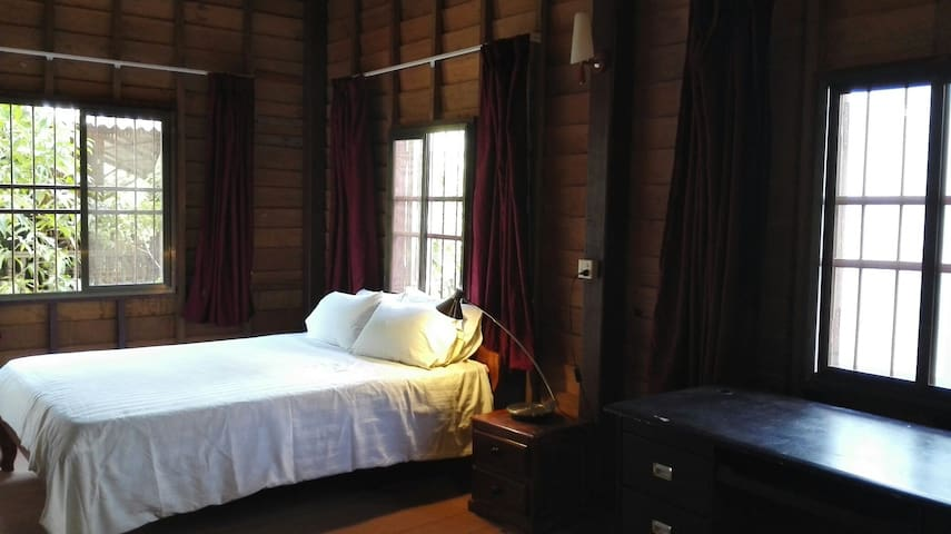 Khmer Wooden Home  Private House - Krong Siem Reap  - บ้าน