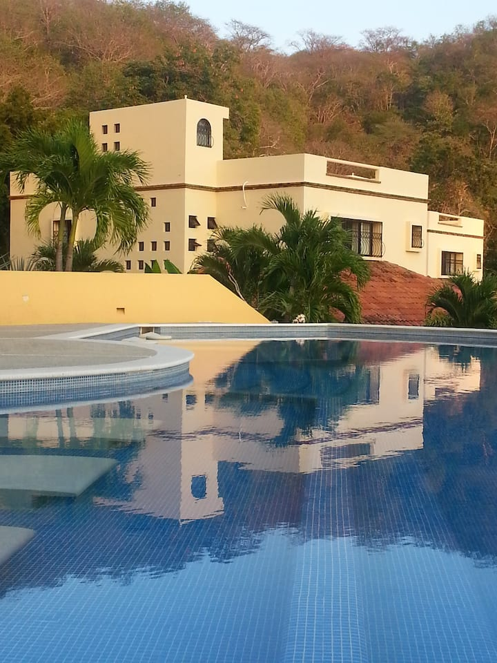 Gorgeous Villa in Huatulco