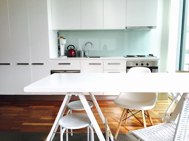In the heart of the City + Hot Tub & Gym - Wellington - Appartement