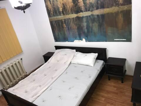 Apartament 3 cam decomandat, parter, zona rez