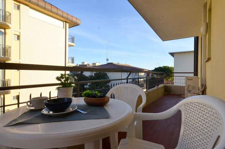 apartment for 3+2 persons in Bibione R81712