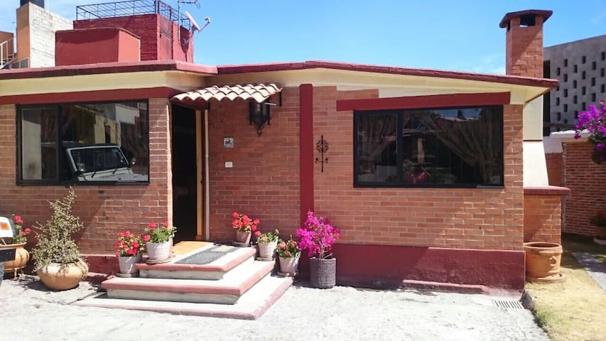 Casa estilo californiano - Tepotzotlan - Dom
