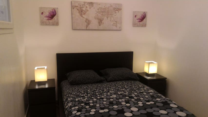 2 rooms center Marseille (4ppl) '