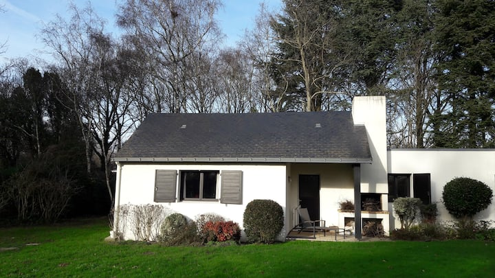 Maison dans Parc arboré