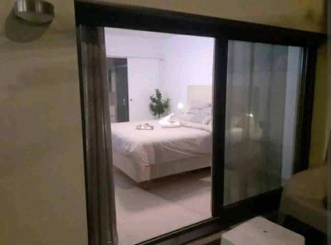 Love Room Glamour avec salle de bain et terrasse privée