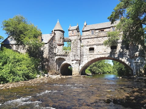Bridge Cottage, Čarobni dvosobni stan
