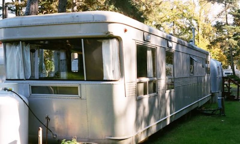 The Imperial Spartan Mansion 1953 Vintage Trailer