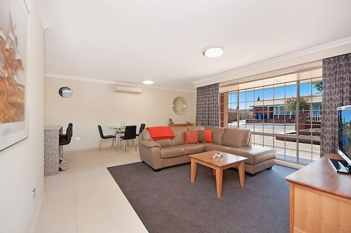 City Two Apartment - Mount Gambier - Apartment