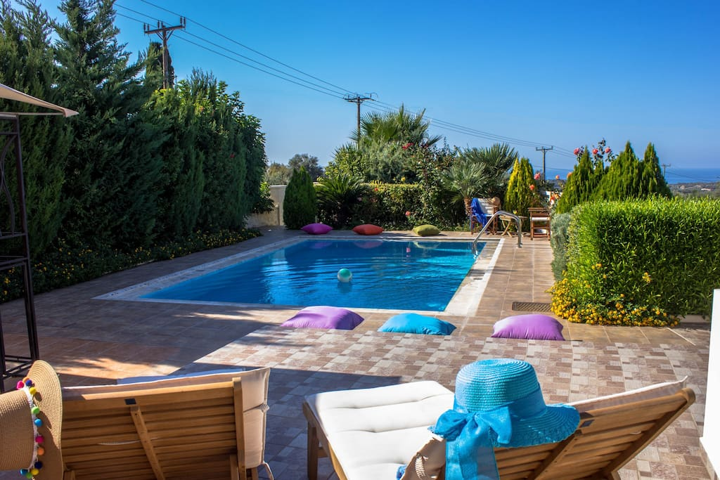 Well maintained pool and garden area!