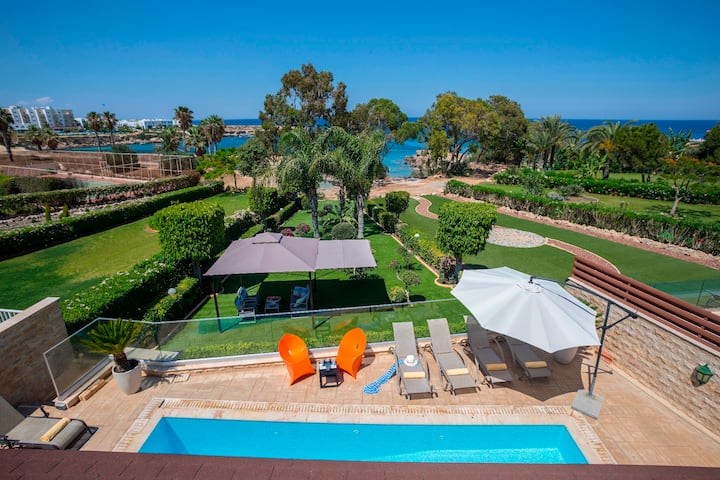 4 Bedroom Seafront Villa In the Heart of Protaras