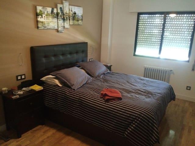 Entera/habitación, en función de disponibilidad - Madrid - Apartmen
