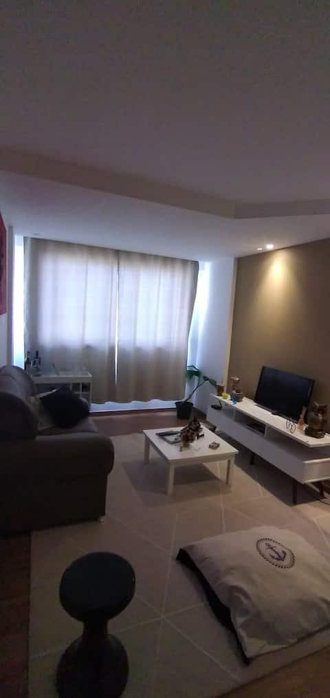 Apartamento padrão mobiliado e decorado