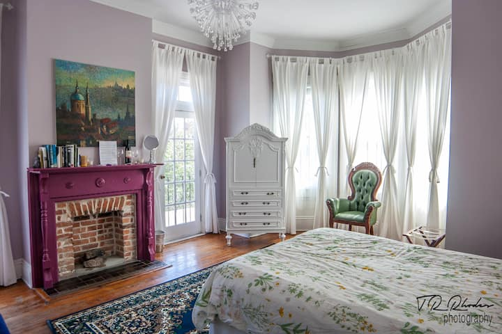 OPEN!  The Grand Lavender - A Savannah Experience