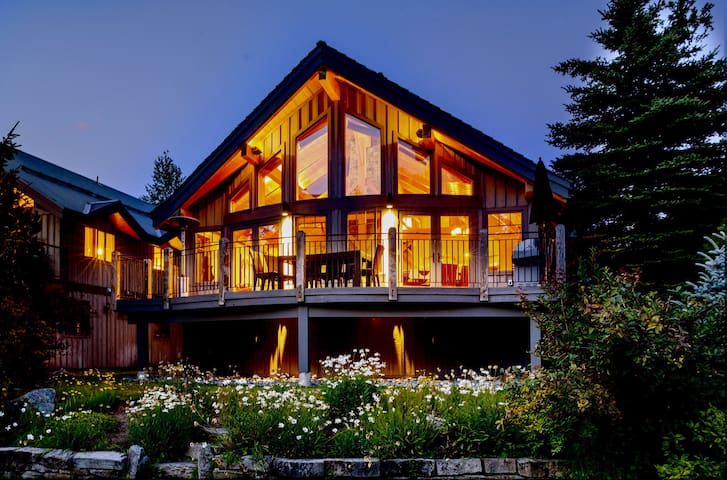 Nicklaus North––Luxury Chalet