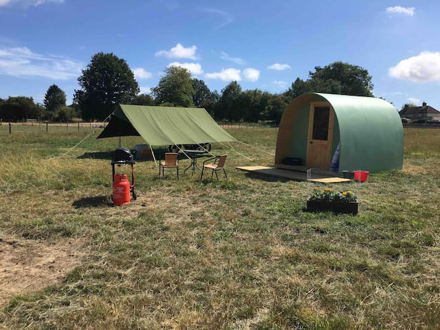 Luxury Eco Pod - Your own toilet and Dining tent,