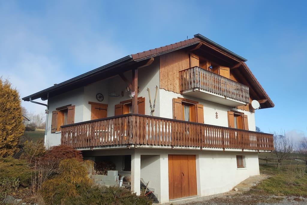 Maison 140m2 4 chambres proches stations ski houses for Maison 140m2
