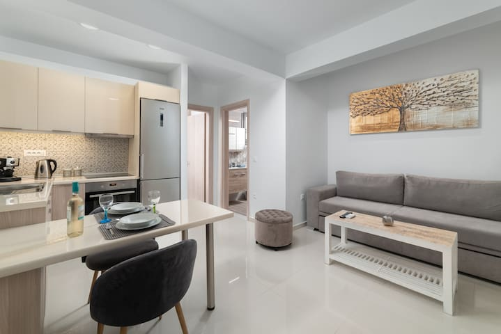 Rhodes Luxury Apartment 3