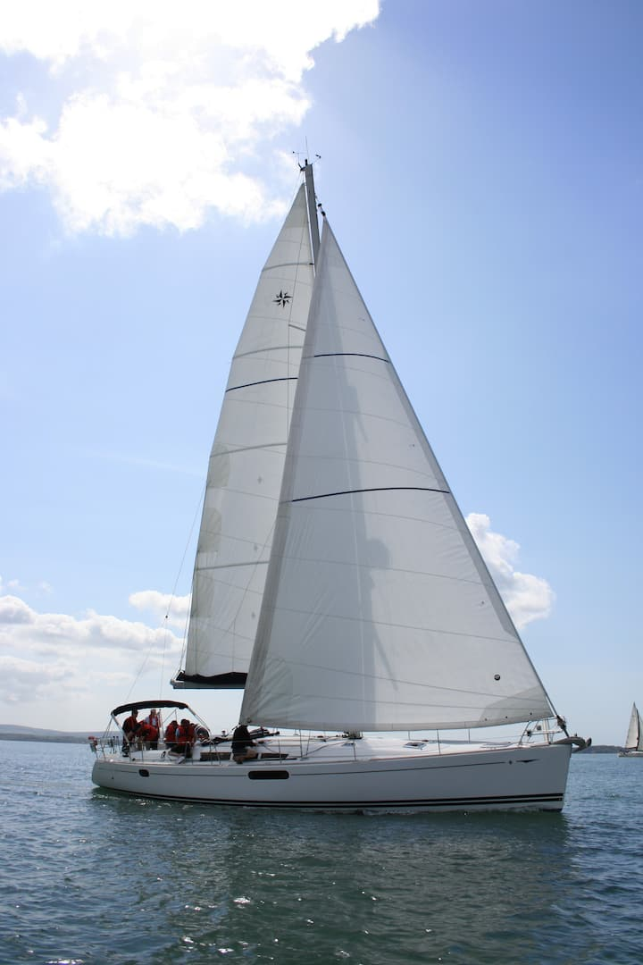 Luxury 50 feet sailing yacht