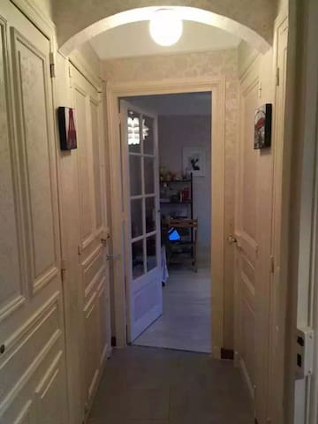 Sunny room 1 min to the subway - Joinville-le-Pont