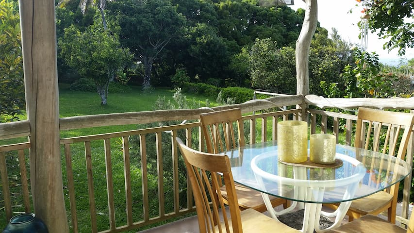 Special!  $99/nt  May 1-10 * 1 bdrm Cottage - Kapaau - Dom