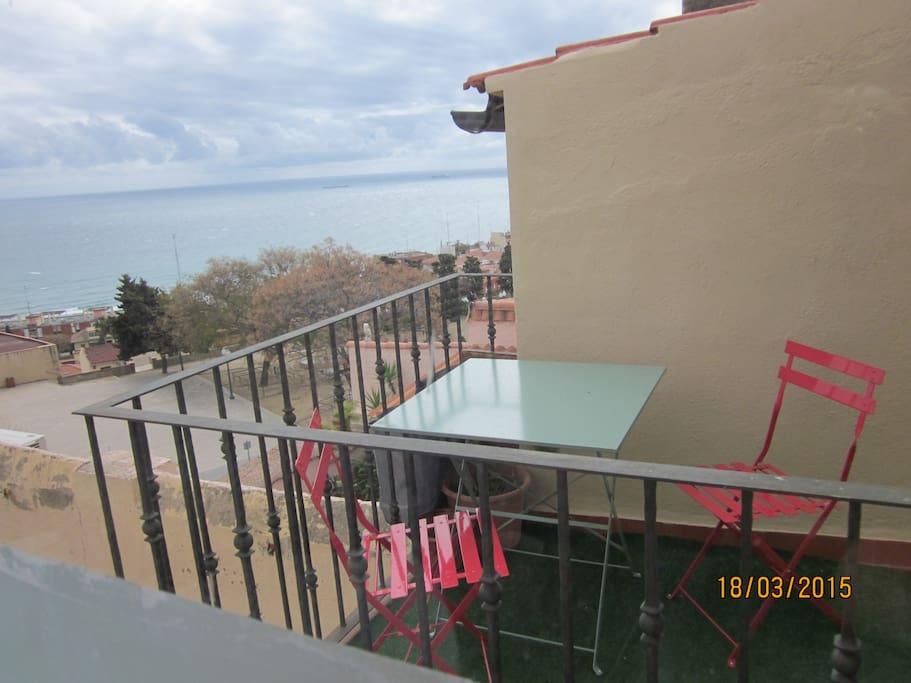 Balcón. Impresionantes vistas al mar.