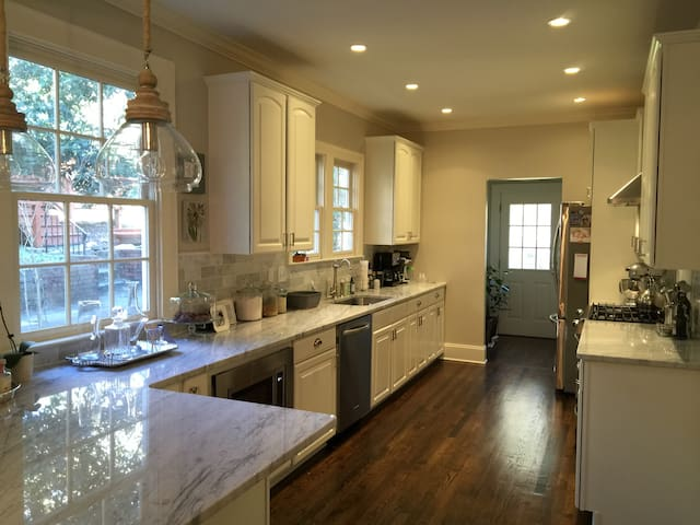 Remodeled top of the line kitchen.  Open to dining room.