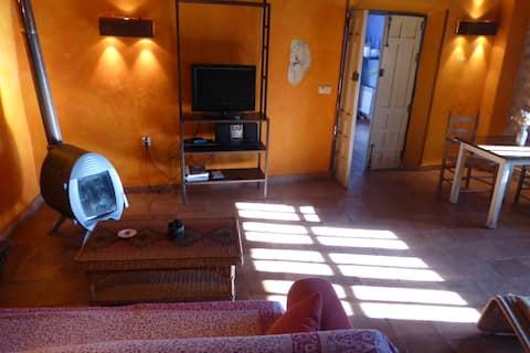 PLANETA CHICOTE: SUN SALUTATION HOUSE