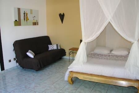 Le Fil - little house for summer - Ház