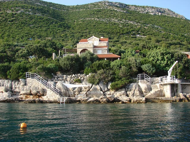 Villa by the sea near Dubrovnik - Slano - Villa