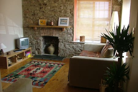 Cosy flat in Marloes, Pembrokeshire - Marloes