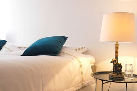 B&B Suite bedroom