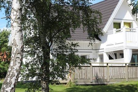 Modernt hus i semesterparadis (Åsa) - Åsa
